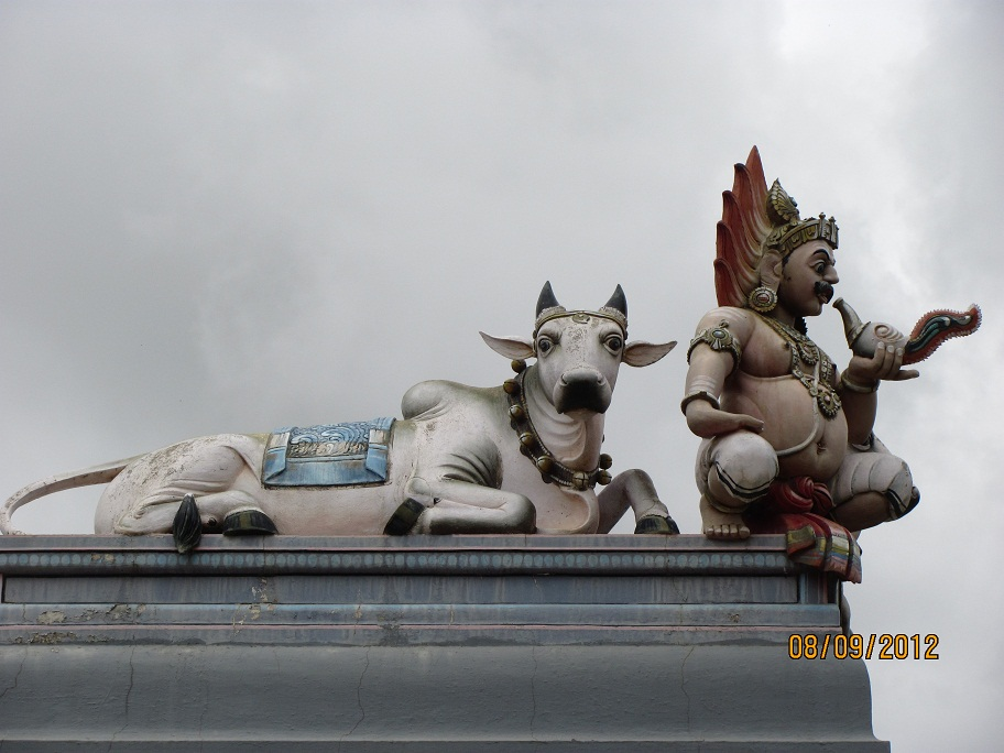Yaksha - Nandi, Meenakshi Temple, Bangalore